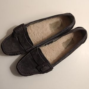 Ugh retreat loafers
